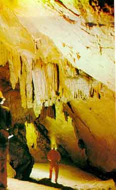 caves18