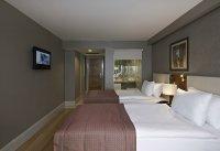ist_ramada_hotel_8